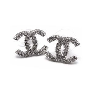CHANEL Jewelry - 🇺🇸2018 Chanel CC crystals Earrings🇺🇸